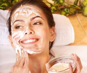 Как правильно распаривать лицо для чистки