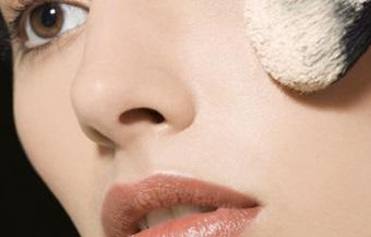 матирующая минеральная пудра для жирной кожи