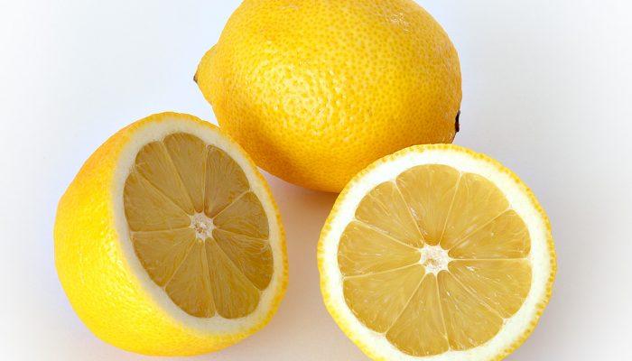 Все о лимоне для лица: лучшие рецепты, польза и вред, а также советы косметологов