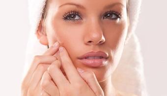 подкожные прыщи на щеках: причины появления, как избавиться