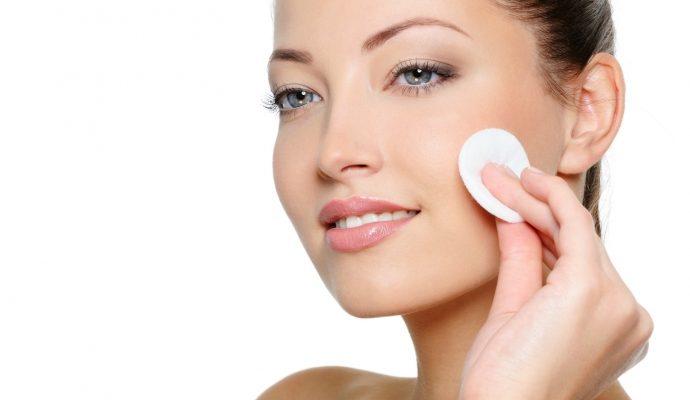 Как сделать тоник для лица в домашних условиях для разных типов кожи?