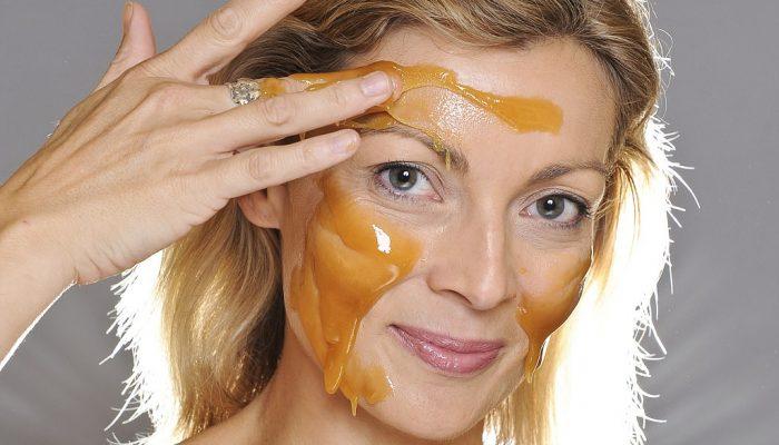 Лучшие рецепты масок из меда для лица от морщин, советы по применению и противопоказания