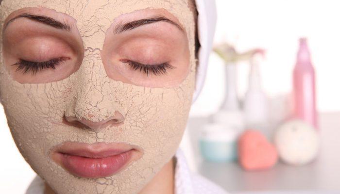 Рецепты отшелушивающих масок для лица в домашних условиях: подбираем оптимальное средство