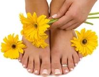 Как эффективно и быстро лечить грибок на ногах народными средствами