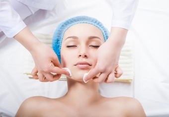 Стоимость разных видов чистки лица у косметолога