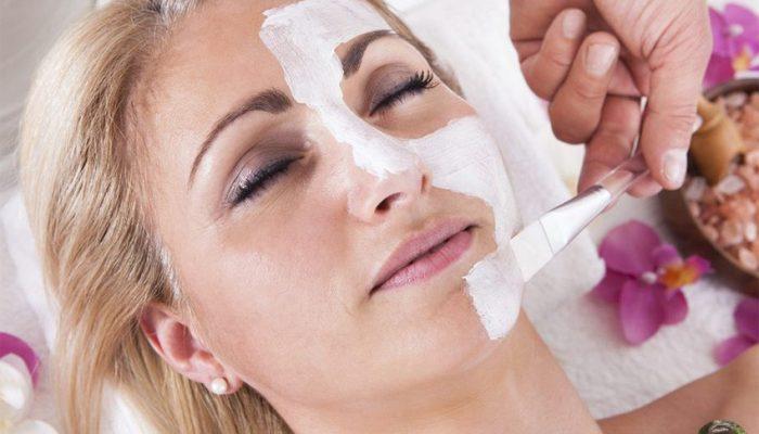 Что такое молочный пилинг для лица?