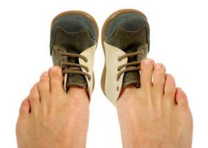 Причины появления артрита суставов стопы