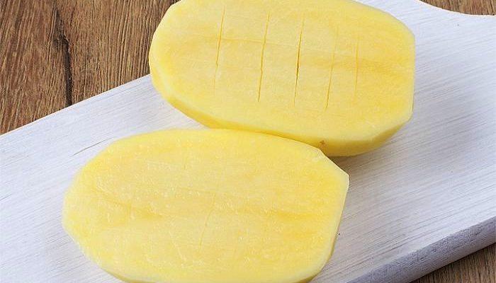 Как вывести бородавку картошкой?