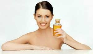 Чем полезно камфорное масло для кожи?