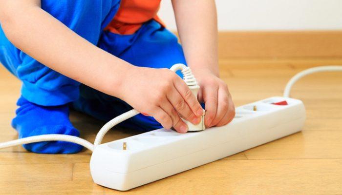 Какие бывают ожоги при поражении электрическим током? Как их лечить?