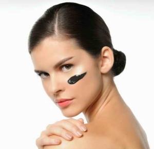 Польза активированного угля для кожи