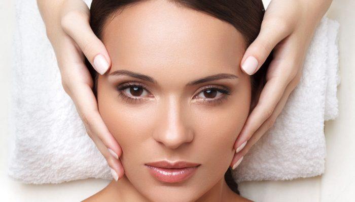Классический косметический массаж лица: техника выполнения