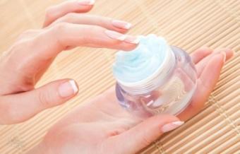 Выбираем питательный крем для жирной кожи лица