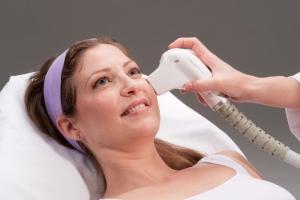 Воздействие на кожу лазером
