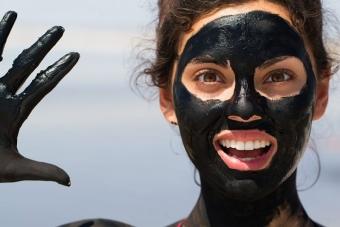 Как приготовить Black mask своими руками