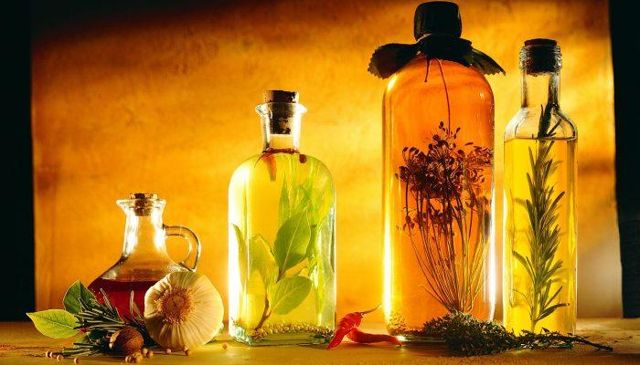 Лекарства и народные средства от потливости подмышек