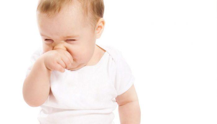 Аллергия у грудничка на лице и пищевая аллергия на коровий белок (Комаровский)