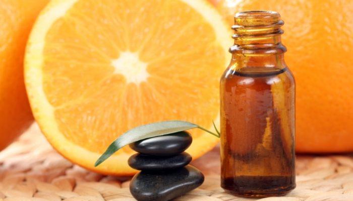 Как используется апельсиновое масло для лица? Полезные свойства и инструкция