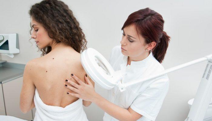 Отличия между липомой или атеромой: как определить, какая опухоль на теле?