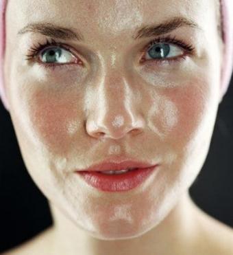 Как сделать кожу лица менее жирной